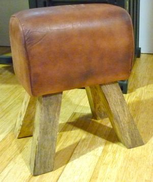 Pommel stool - leather top on wood frame