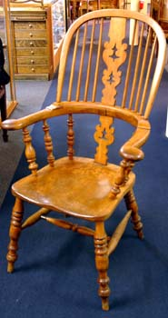 English 19th C. windsor chair